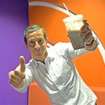 .@BearGrylls tells us what he REALLY eats for breakfast, and it's pretty hardcore http://t.co/LWXisz5OQZ