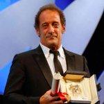 «È la prima volta che vinco in vita mia» – #VincentLindon, #PalmeDor al discorso #Cannes2105 http://t.co/ZWxOQOEtNI http://t.co/dS0uJd7yCg