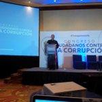 Nuncio: El corrupto se ve como vencedor en la sociedad en lugar de fracasado. #TransparenciaYa @guatevisible http://t.co/eXCFgPlWtQ