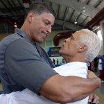 Despiden a Corky Ortiz en San Juan - http://t.co/k0fBgZT4cL http://t.co/qFnypJ3pyF