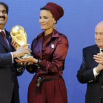 The troubles at Fifa have exploded into a threat to Qatars hosting of the 2022 World Cup http://t.co/aeLNwF2waz http://t.co/ObT0F6TFAg