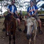 A caballo o como sea pero siempre con el @Alaves en Gasteiz o como en este caso en la República Dominicana, de vuelta http://t.co/s2oqFV0zzn