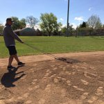 Today #Rockies Staff & Grounds Crew are helping clean up Andres Galarraga Field at the Boys & Girls Club Owen Branch. http://t.co/L0cp48reV1