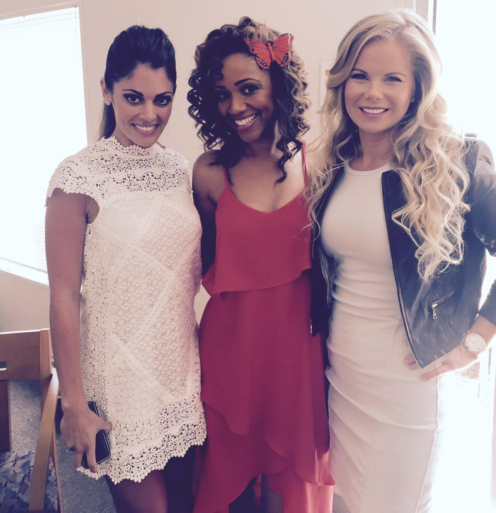 The @Queensofdrama ladies r on @HomeandFamilyTV on Hallmark airs Tuesday June 2 at 10am!  @L_Hartley @Crystal_Hunt http://t.co/xcjEji2TJO