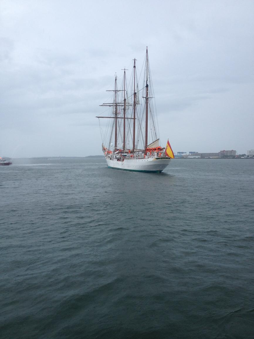 You can catch a view of the Juan Sebastian De Elcano from the harbor today! @ICAinBOSTON @neaq @Conventures @VisitMA http://t.co/zMVxier4RE