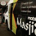 Inovasi Dari Bandung : Masjid Portable Pertama Di Indonesia. http://t.co/sZq6DIiasw | cc: @ridwankamil http://t.co/BwmIy1LRbX