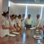 """Estudiantes de la Facultad de Enfermería de la UAC, reciben de @ferortegab becas para realizar estancia académica http://t.co/BtnneZypU6"""""""