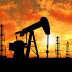 Después de fuerte caída de esta semana, #Petróleo se estabiliza en $57 el barril. @dinoskadinoska @PanamaRTweet http://t.co/ooFdcwJED6