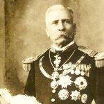 """Un 2 de Julio, pero de 1915, muere Don Porfirio Díaz Mori en París Francia. Entre sus últimas palabras dijo: """"Oaxaca"""" http://t.co/iCoDjNaUpD"""