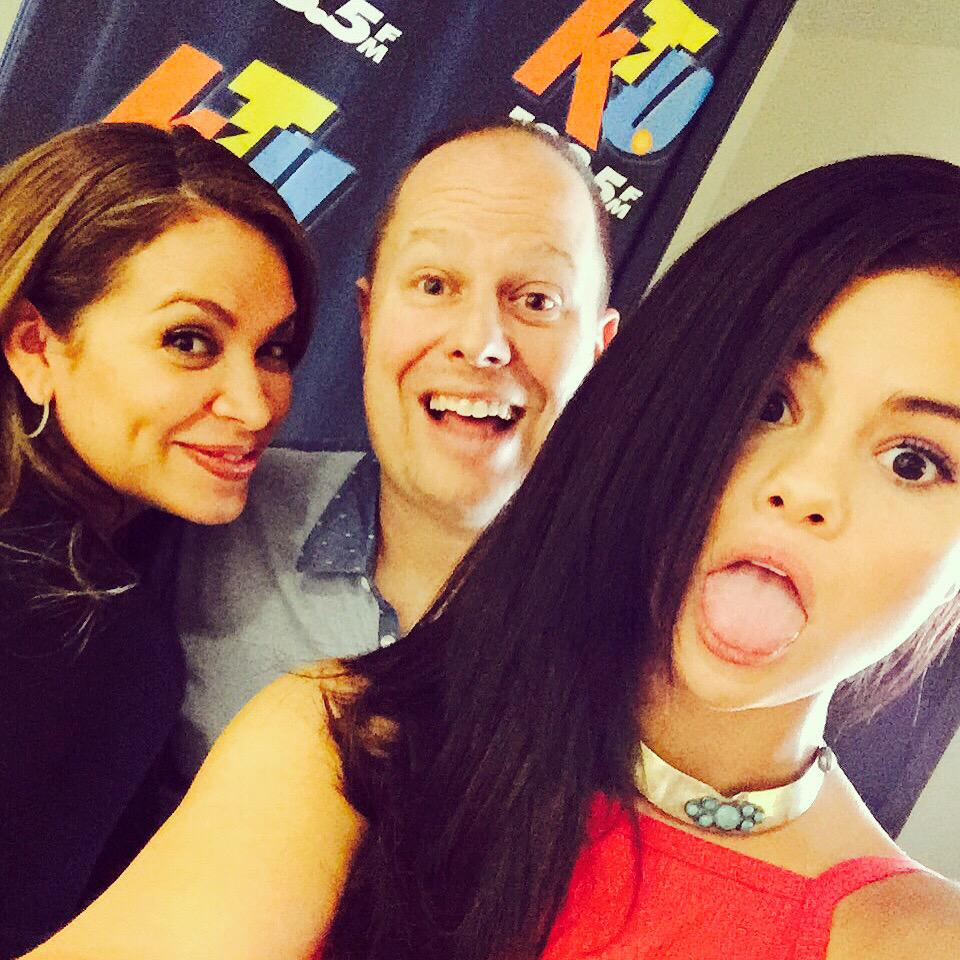 #selfie in studio w: @selenagomez! So much fun, thanks for hanging w: me & @paulcubbybryant #selenators #goodforyou http://t.co/z0aoftzrKJ