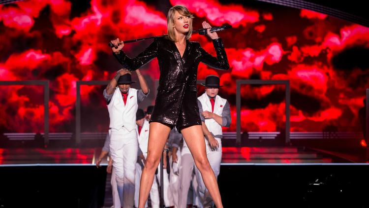Taylor Swift speaks and Apple listens, how the superstar became music's most powerful voice http://t.co/5y4oousBk5 http://t.co/3clAj2K22I