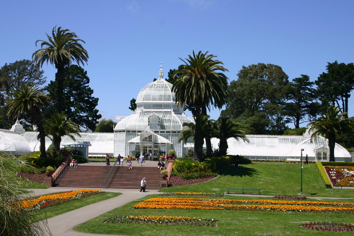 Get outside after work today and go enjoy the sunshine in @GoldenGatePark. We have been fog free for over 36 hours :) http://t.co/DmMcm2muR2