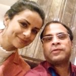RT @prasanto: @GulPanag I'm starting this new trend, #SelfieWithSomeonesDaughter