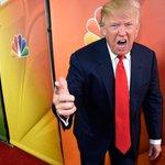 """Por toma y dame entre NBC y Donald Trump el programa """"The Apprentice"""" toma nuevo giro http://t.co/4LzVTD8mYO http://t.co/2yxEw9KyDG °"""