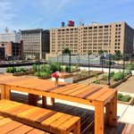 National attention for #STL! Congrats to @UrbanHarvestSTL, FOOD ROOF made the @nytimes!! http://t.co/ucSeaEFW6M http://t.co/8vJOrP9fwH