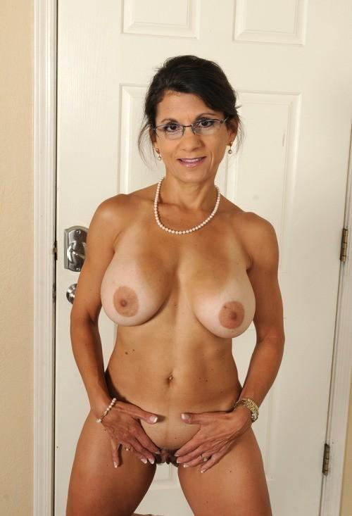 MILFSthatiwant : #MILFS #Maduras All #MILF pictures and ...