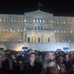 """""""La justicia es el arma más poderosa de este pueblo digno. Ganó la democracia, ganó Grecia."""" Tsipras #Syntagma #OXI http://t.co/w2fQBSr6Eb"""