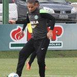 OFICIAL: Coritiba confirma saída de Wellington Paulista para o Fluminense http://t.co/rHJGsx2rbK http://t.co/K5zxpXtNOm