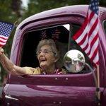 Quatro curiosidades sobre o 4 de julho, o dia da independência dos EUA. http://t.co/1fVzRYS0oz #IndependenceDay http://t.co/ywMth9Ldmg
