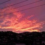 Sky is amazing in #Wellington tonight. #NewZealand magic. #WhyWellington http://t.co/5f8dWKC6nU