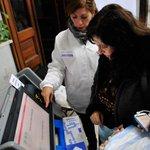 Se vota en Capital Federal, Córdoba, La Rioja, Corrientes y La Pampa http://t.co/6PTQPkV4DU http://t.co/vLlLDAKG74