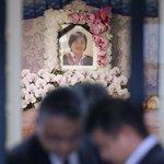 「悔しくてたまらない」知人ら怒りと涙…東海道新幹線放火事件で犠牲の桑原さん通夜 -産経ニュース- http://t.co/duh26F20RH #news http://t.co/GKtCdZ6Vms