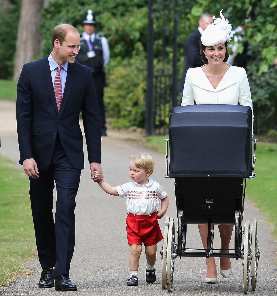 Very :) RT @littleswet: Beautiful family :) http://t.co/EqAkuHxl0w