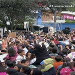 [AHORA] El #PapaFrancisco llega a la Nunciatura en #Quito #FranciscoenEC http://t.co/fYevzbwlib