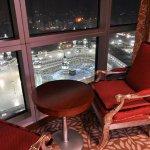 40 ألف سعر الغرفة في الفنادق المطلة على #المسجد_الحرام في العشر الأواخر من #رمضان http://t.co/N2gowX4DNT