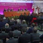 #EnVivo: Mensaje del Presidente @EPN en la #CumbreProductividad http://t.co/dY6VLKEMda http://t.co/RAn43auhOv