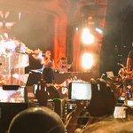 "Fedez inizia ""Amore Eternit"". Tutti cantano. #PopHoolistaSummerTour #EstateSpettacolo15 http://t.co/hDr4OBfsA2"