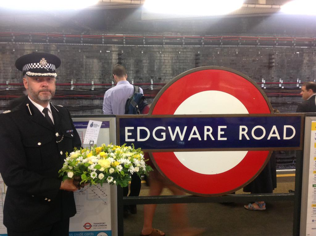 At Edgware Road, we remember. #sevenseven http://t.co/gfXXMF2Dzw