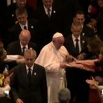 #papaFrancisco sale de iglesia San Francisco #Quito http://t.co/g8HMGbo7kX