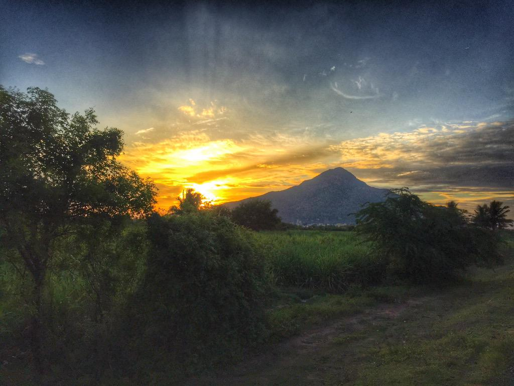 திருவண்ணாமலை ! http://t.co/IHyrTyGsBM