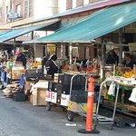 Enjoy the 9th Street Italian Market in South #Philly! @italianmarket http://t.co/o3IIQUsJuU http://t.co/IuMEcS1Epj