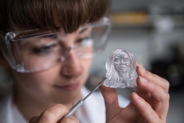 Experts spend 200 hours creating miniature Little Mix ice sculptures http://t.co/gbd7n03Mry #northeast http://t.co/esOMPqTcVB