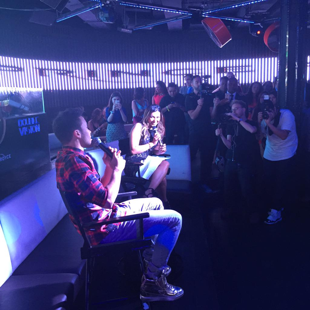 Enjoying @PrinceRoyce's album listening party with @sprint. #royce4sprint https://t.co/vF8piMuLeM #princeroyce http://t.co/4P7NLFB8gy