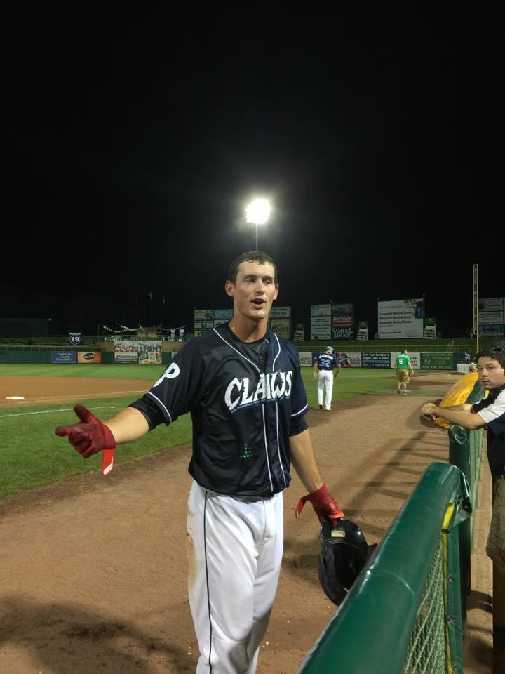 Yes, @sandberg_cord, walk-off home run!!! http://t.co/mhX1Dfz59m