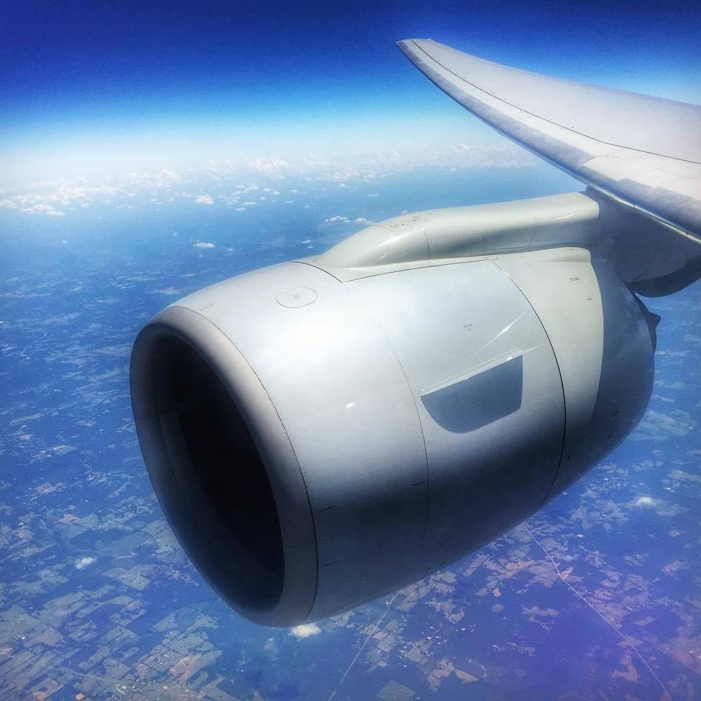 Beautiful GE90-115B engine. On Approach into São Paulo. #crewlife #flightattendant #falife… http://t.co/Q0fxqQKQ6Z http://t.co/4KXvSzewqI