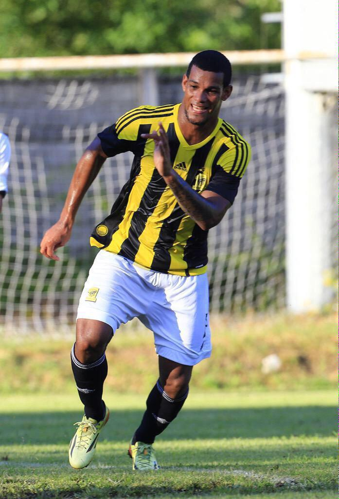 Big congrats to Gelmin Rivas who scored 5 for @ittihad on his debut 💪🏼🙏🏻 Well done big man #ViolaFC http://t.co/2Ynlu2qSD3