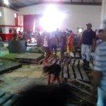 ¡LA CARRERA DEL HAMBRE! Asi transcurrio el saqueo del PDVAL del estado Monagas el dia de hoy. http://t.co/8FnstwFRLo