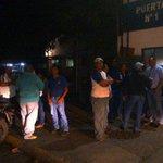 Le dan a Empresas Polar 60 días para desalojar galpón de Pepsi Cola en La Yaguara. Situación a esta hora. http://t.co/RQDHaklaMn