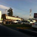 @Trafico_ZMG Choque L Mateos 2 cuadras antes de periférico sur a norte. Fila más allá del Mega. http://t.co/pwHGJQoYpx, vía @contodoytriques
