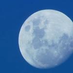 Notícia fresquinha no g1 dá uma conferida !!!! Já ouviu falar da lua azul? É hoje! SAIBA o que isso significa … http://t.co/2hQog6rAxb