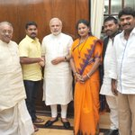 Delegation of weavers from Andhra Pradesh and Telangana calls on PM Shri @narendramodi: http://t.co/E5PCRrE1zs http://t.co/P3hygqxeK8