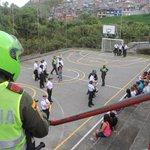 #Manizales comuneros desmantelamos red de trafico 14 capturas judiciales,noticia en desarrollo http://t.co/WWVQ8OG3HN http://t.co/wTyjBstELM