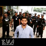 @AmirKingKhan being escorted LIKE A BOSS in Pakistan today for a press conference #amirkhan #pakistan #boss http://t.co/CjcvEvzxgr