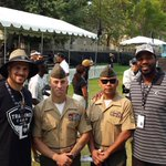 Raiders alumni LB Sam Williams and RB Justin Fargas with members of the United States Marines http://t.co/JQAnCwV3un