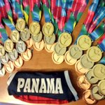 """Nuestros atletas campeones de @oepanama llegan este lunes vía @CopaAirlines Vuelo 472 8:00 pm """"pesao en medallas"""" http://t.co/N7R1AyFZ4G"""