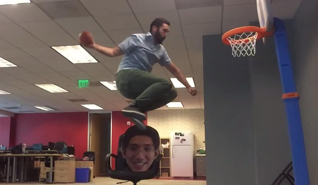 VIDEO: Empty Office + Mini Basketball Hoop + Space Jam Soundtrack U003d Dunk  Show For